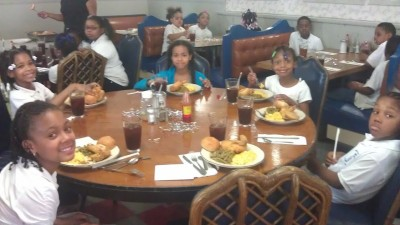 Post image for George Leland Elementary students get lessons in proper dining etiquette