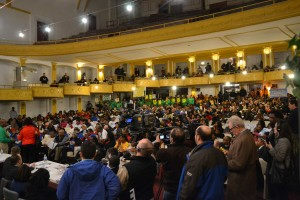crowd2ndmeeting
